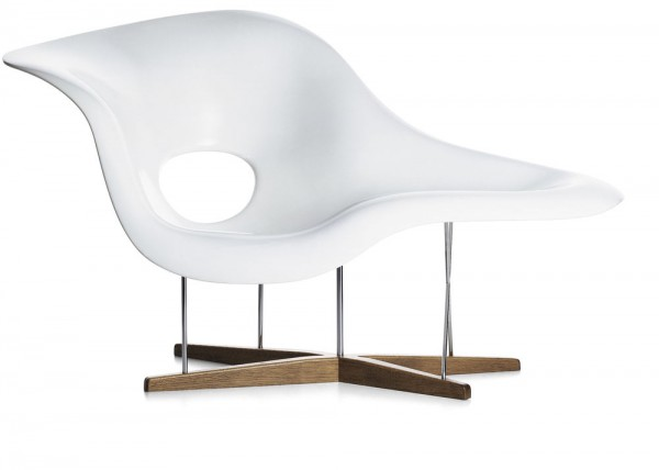 Seating sculpture La Chaise by Vitra